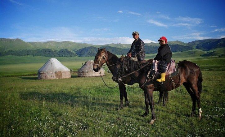 Assy-plateu-kazakhstan