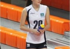Kazakhstan Sabina Altynbekova - Volleyball Player Babe - walking with water tumbler